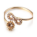 Fashion Curve Eight Golden Alloy Band Rings(1 Pc)