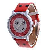 여자의 웃는 얼굴이 빨간 PU 악대 아날로그 쿼츠 손목 시계 다이얼