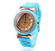 Baby Blue Silicone Band Quartz Movement Wrist Watch with Czechic Diamond Decoration