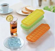 16-grid molde bandeja de gelo com tampa (cor aleatória)
