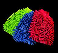 des gants en microfibres de lavage de voitures
