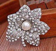 Vintage Silver Alloy Flower Pearl Brooch