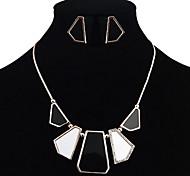 Bijoux Geometry Set