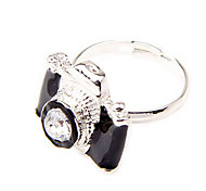 Women's Korean fashion personalized camera Ring (random color)