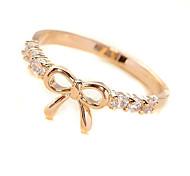 Frauen netter Bogen-Diamant-Ring (gelegentliche Farbe)