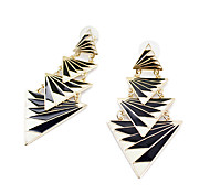 Alloyd Black Triangle Earrings