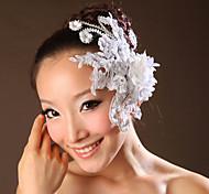 Fiori di pizzo con perline copricapo da sposa