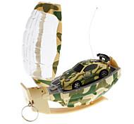 Mini RC Car Racing con forma de granada de Controlador (color al azar)