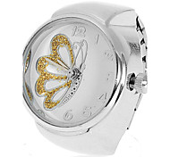 Women's Butterfly Pattern Silver Alloy Quartz Analog Ring Watch (Assorted Colors)