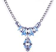 Luxurious Stoneset Resin Necklace
