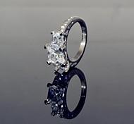 Women's Fashionable Super Shiny 18K CZ Rhinestones 316L Stainless Steel Ring