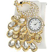 Diamante paon des femmes de forme de cadran rond PU bande de quartz de montre de mode analogique