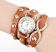 Women's Golden Dial Long Strap PU Band Quartz Analog Wrist Watch with Rhinestone (Assorted Colors)