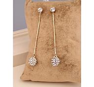 Modeschmuck Lange Zwei Farbe Gold plattiert Bohren Sie die Kugelgelenk-Ohrringe für Frauen