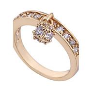 новое прибытие золота женщин покрытием горячий продавать циркон кольца уникальные моды
