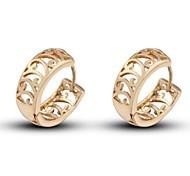 novo ouro 18k das mulheres banhado moda venda quente ocos irregulares brincos em forma