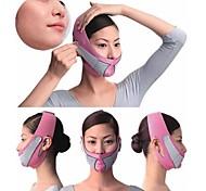 metade de uma máscara potente rosto fino