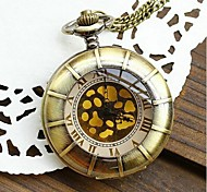 Women's Retro Large Gold Spot Roman Numerals Quartz Movement Necklace Watch