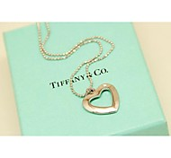 Fashion White Short Heart Necklace for Women in Jewelry Gift