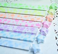 2 x 30 pcs efeito fluorescente padrão coroa lucky star materiais origami (cor aleatória)