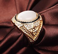 Vintage Classic Alloy Opals And Rhinestone Men's Ring Christmas Gifts