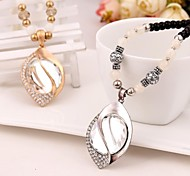мода изысканная форма регби шарик кристалла ожерелье