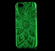 Aztec Pattern Glow in the Dark Hard Case for iPhone 4/4S