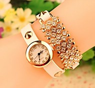 Frauen 2015 die neueste Diamanten Mode Leder japanische Quarz-Uhr (farbig sortiert)
