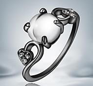 european weißen Opal schwarze Gold überzogene Legierungsrechnung Ringe (1pc)