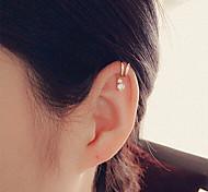 schönes Einzel Diamant-Ohrringe