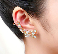 Fashion Full of Crystal Bowknot Ear Cuffs(Gold,Silver)(1 Pc)