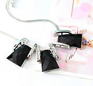 New Arrival Fashion Jewelry Geometric Gem Necklace