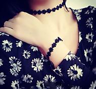 Fishion Simple Black Lace Tattoo Daisy Necklace Short Necklace Bracelet Set