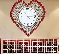 Fashionable Creative Modern Luxurious Sitting Room Heart Wall Clock