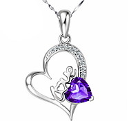 WH Woman Heart-shaped Crystal Necklace