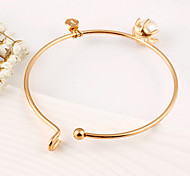 Fashion Bracelet Women European Style Pearl Bangle