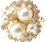 Beautifully Decorated Fashion Pearl Flowers Alloy Ring