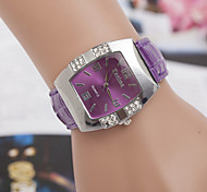 Woman  The Barrel Shaped Casual Wrist Watch Cool Watches Unique Watches