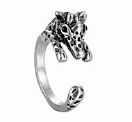 Fashion Creative Giraffe Ring
