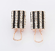 Women's New European Style Fashion Elegant Vertical Stripe Shiny Rhinestone Stud Earrings