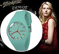 Genebra 2016 new ultra-fina relógios doce cor silicone mesa genebra relógio de pulso das mulheres