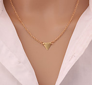 European Style Street Shooting Fashion Simple Single Triangle Necklace