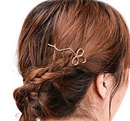 Women Simple Handmade Hollow Clover Hair Clips Alloy Hair Accessories 1pc