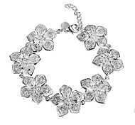 Women's Contracted Fashion Big Flower Shape Bracelet