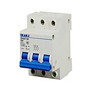 низкий - напряжение электрических приборов миниатюрный автоматический выключатель dz47-63c63 3p небольшой воздушный выключатель