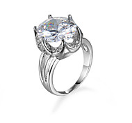 White transparent Big Zircon Ring for Female Classic jewelry Platinum Plated Engagement Wedding Crown Women Ring