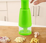 1Pcs  Kitchen Accessories Hand Pressing Shredder Kitchen Multipurpose Ginger Onion Chopper Stainless Steel  Chop Cooking Tools  Random Color