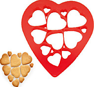 12Pcs New Heart Shape Puzzle Biscuits Mould Kitchen Gadgets