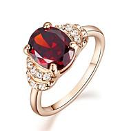 Tyylikkäät sormukset Kristalli jäljitelmä Diamond Gold Plated jäljitelmä Diamond Birthstones Punainen Korut Häät Party Kausaliteetti