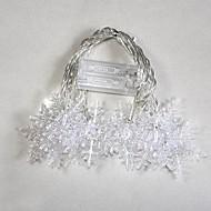 10 LED akkukäyttöinen värinvaihto Snowflake String värivalot joulujuhlissa (2xAA)